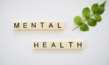 LIVE WELL PSYCHIATRIST TALKS ABOUT ANXIETY DISORDERS AND MENTAL HEALTH STIGMA